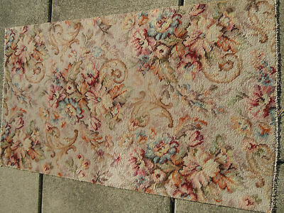 SALE~Gorgeous~VINTAGE FRENCH ROSES & SCROLL BARKCLOTH WOOL RUG