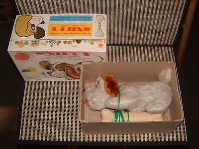 """Tomy Tethered Remote Control """"sniffy The Nosey Puppy"""" Perfectly Working W/box!"""