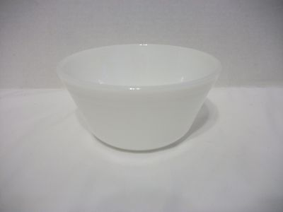 "Vintage Federal Oven Ware White Milk Glass Mixing Bowl-Small 6"" Size"