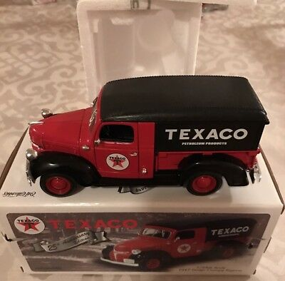 1947 Dodge Canopy Express Truck TEXACO 25th Anniversary Edition 1/25th Scale