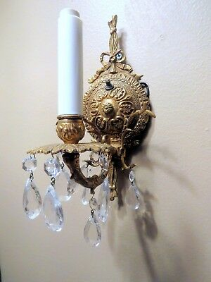 Vintage Brass Wall Sconce Gold Ornate French Light Lamp Crystals Prisms Electric