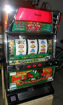 Pachislo King Pulsar Ace Slot Machine / 200 Tokens / 285 Pg Manual