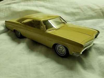 1966 Chevrolet Impala SS Hardtop by AMT, Dealer Friction Tan Promo Car EXCELLENT