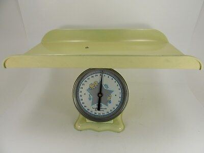 Excellent Vintage Baby Nursery Scale Yellow 30 lbs American Family Continental