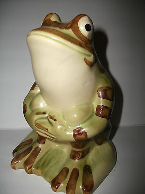 Vintage Brush / Mccoy Sitting Frog Lawn Ornament (Great Condition)