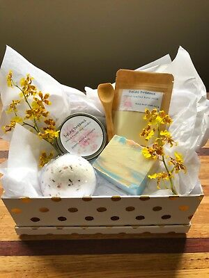 Handmade Gift Packs- Luxury Bath And Candle Products