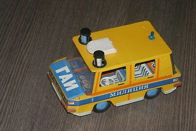 1:16 vaz Niva inertial toy jeep car made in ussr