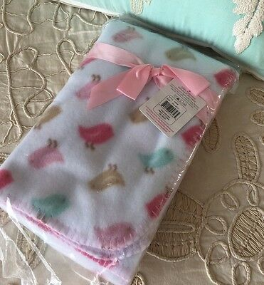 """Luvable Friends New Baby Girls Polyester Blanket 30 X 40"""" Bird Print Animal Pink"""