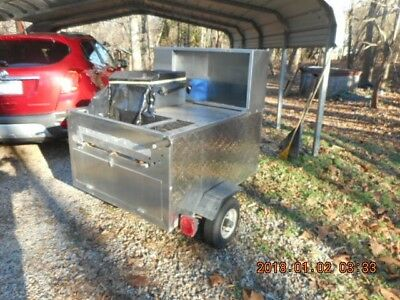 ALL AMERICAN HOT DOG CART, USED IN GOOD CONDITION 24 inch GRILL, 3 BURNER WARMER