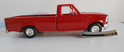1994 AMT ERTL Ford F150 XLT Pickup Crimson Red New in Box