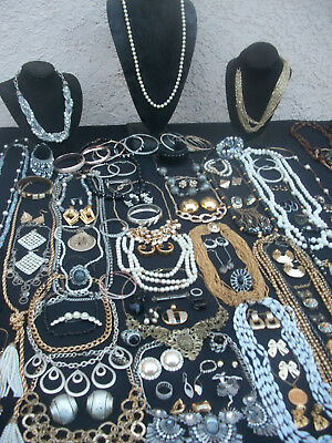 Huge Lot Of Vintage/now Costume Jewelry All Wearable Big Variety Nice  115 Piece