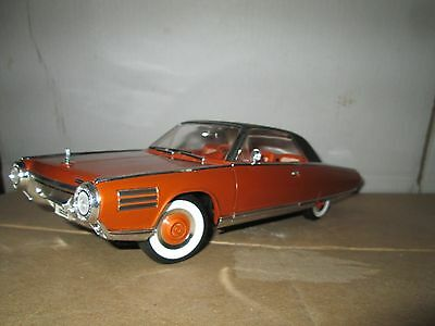 """1963 Chrysler Turbine Bronze 1/18 by Road Signature 92448 """"DELUXE EDITION"""""""