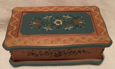 Antique Music/Jewelry Box