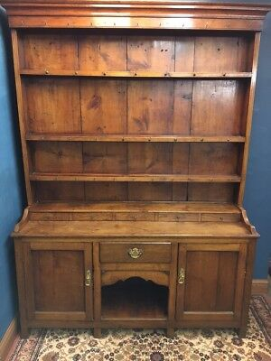 19th Century Welsh Oak Dog Kennel Dresser