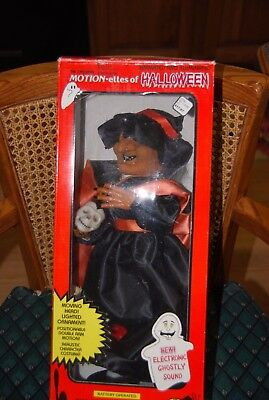 Motion-ettes Halloween Animated Witch Battery Operated with Sound