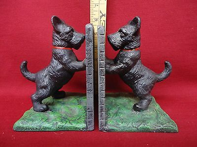 Pair of Scottish Terrier Bookends Cast Iron Cast Metal Scotty Dog