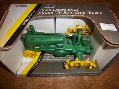 Cast Iron very heavy John Deere unstyled toy tractor with metal tires    ? 'A'