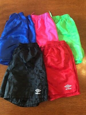 Unisex Umbro Black Soccer Shorts M Youth Checkered  blue, green, red