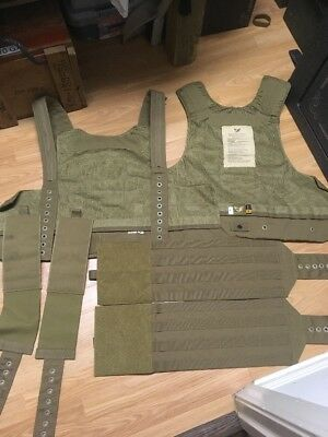 New Eagle Industries CIRAS Releasable Plate Carrier Size Medium