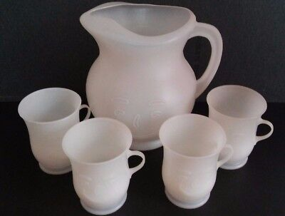 Vintage Kool Aid Smiley Face Pitcher + 4 mugs/ cups (Plastic)