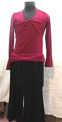 Motherhood Maternity Dark Red Top & Black Wide Leg Capri Pants Size S