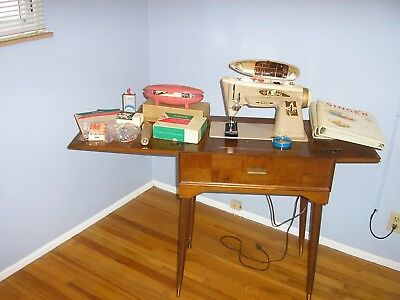 Vintage 1960 Singer Working Sewing Machine #503-A in Cabinet w/accessories/books