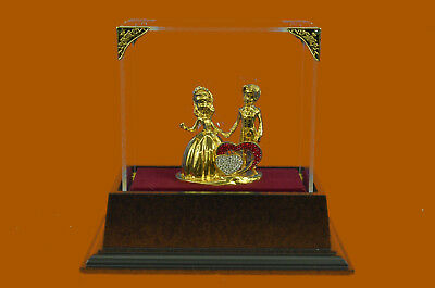 Hand Made 24K G Plated Mam Woman Marriage Hot Cast Bronze Sculpture Glass