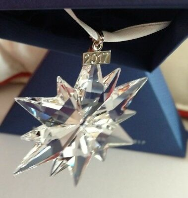 SWAROVSKI 2017 ANNUAL EDITION ORNAMENT #5257589 Christmas Snowflake