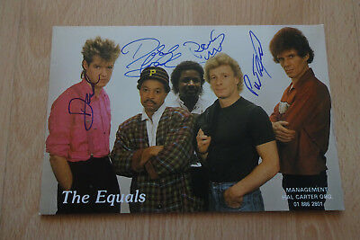 The Equals Autogramme full signed 10x15 cm Postkarte