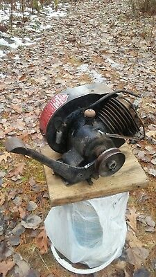 Antique 4 Cycle Iron Horse Engine Model X-305