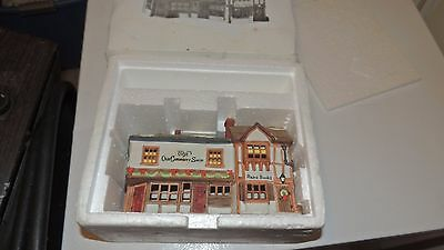 DEPT 56 Heritage Village DICKENS SERIES - THE OLD CURIOSITY SHOP 5905-6