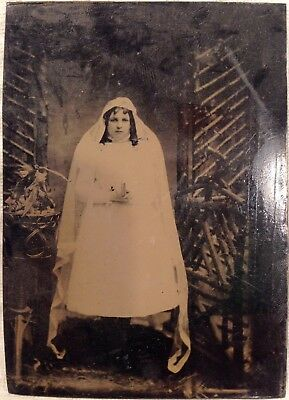Rare Antique Victorian American First Communion Girl Floral Tintype Photo