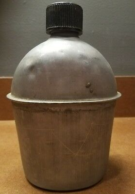 VINTAGE WWII US Army M42 Canteen S. M. CO. 1945 GOOD CONDITION