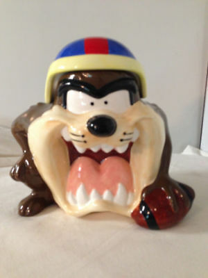 Warner 1997 Taz Tazmanian Devil Football Player Cookie Jar Looney Tunes Gibson
