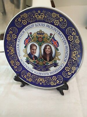William and Catherine Royal Souvenir Plate, 2011, 29th April, By elgate, Stand