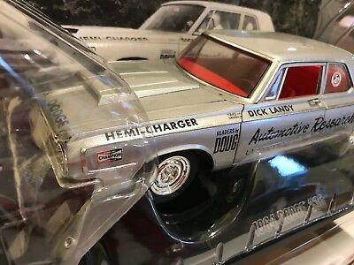 Ertl Supercar Collectibles Dick Landy 1964 Dodge 330 Hemi SS/A 1/18 Diecast