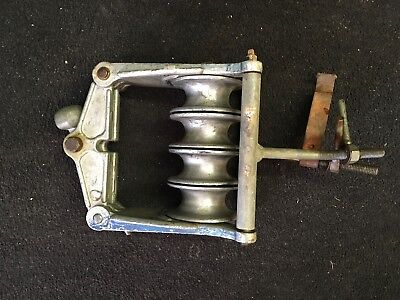 Campbell 4 sheave bundled conductor block with cross arm mounting bracket...Nice