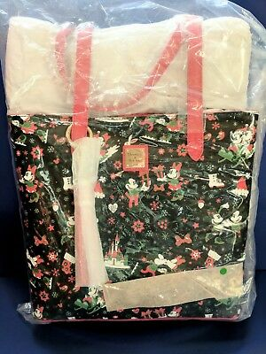 Disney Dooney & Bourke Woodland Winterland TOTE~NWT SEALED~PERFECT PLACEMENT