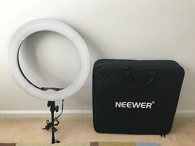 """Neewer 18"""" 55W 5500K LED SMD Dimmable Ring Video Lightning Kit for Self-Portrait"""
