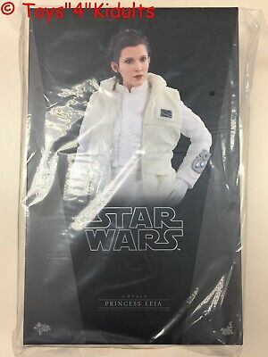 Hot Toys MMS 423 Star Wars Empire Strikes Back Princess Leia Carrie Fisher NEW