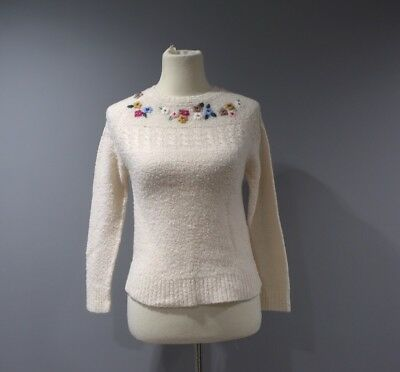 fcb9dbd3b0e Vintage Crewneck Sweater Womens Size Small S Embroidered Cream H