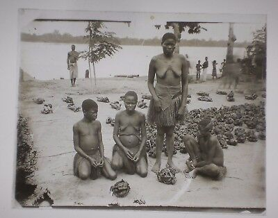 ORIGINAL VINTAGE late 1800s/early 1900s Glass Slide CONGO AFRICA Tribal Family