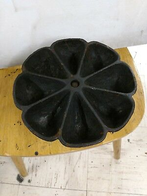 Vintage Cast Iron 8 Compartment Star Nail Cup / Caddy