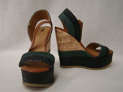 58eae1dba96 MOSSIMO PLATFORM WEDGE Sandals Women s Size 7 Shoes -  15.00