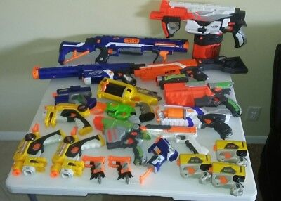 Huge NERF GUN (20) Lot with lots of clips and extra bullets. SEE
