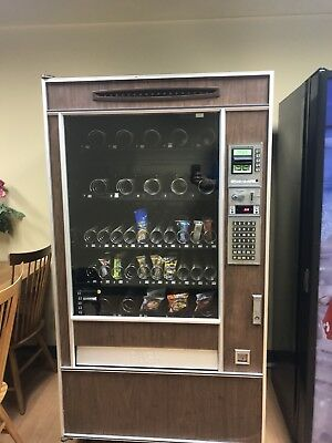 Snack Shop II food Candy Vending Machine.         Used working condition