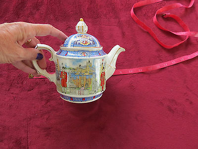 Vintage Sadler Teapot  4739 London Heritage Collection