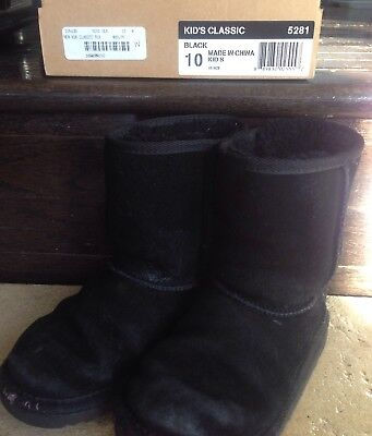 black sheepskin uggs
