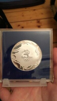 Sydney Olympics 2000 Official Participation medal in box  M23