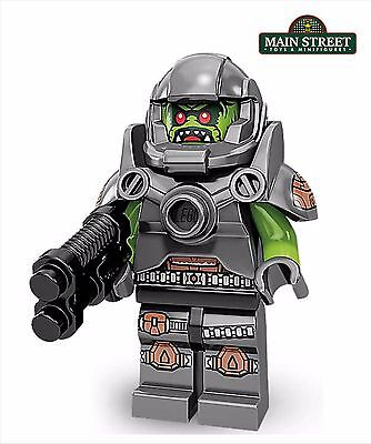 New Genuine LEGO Alien Avenger Minifig with Weapon Series 9 71000